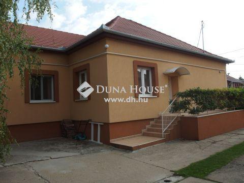 Eladó Ház, Bács-Kiskun megye, Kiskunfélegyháza - Többfunkciós telephely, üzem