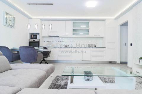 Eladó Lakás, Somogy megye, Zamárdi - Gyönyörű bútorozott lakások a Balaton parton