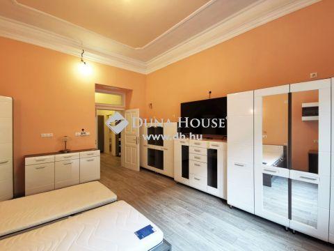 Eladó Lakás, Budapest 8. kerület - Frissen, magas minőségben felújítva-1.em-saját 20nm pince-azonnal költözhető!