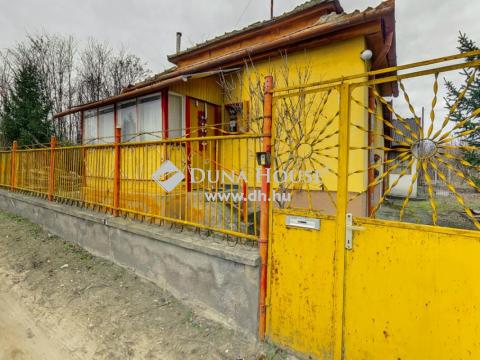 Eladó Ház, Bács-Kiskun megye, Kecskemét - Csendes zsákutcában családi ház