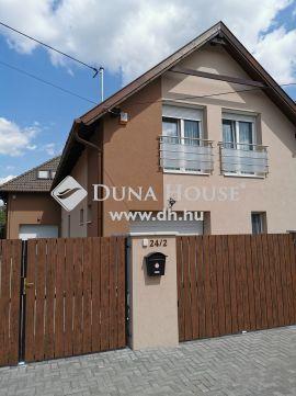 Eladó Ház, Pest megye, Vecsés - Kertvárosi környezetben új építésű ikerház