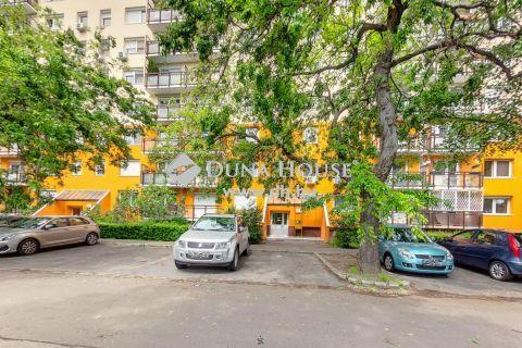 Eladó Lakás, Budapest 19. kerület - Szigetelt,nagy konyhás ,napfényes lakás