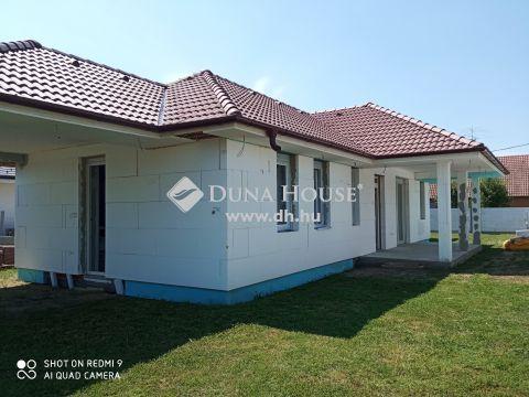 Eladó Ház, Fejér megye, Ráckeresztúr - Új építésű családi ház