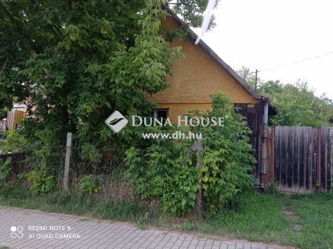 Eladó Ház, Pest megye, Váchartyán