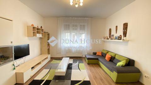 Eladó Ház, Budapest 15. kerület - Csendes utca, 5 szobás, kellemes családi ház