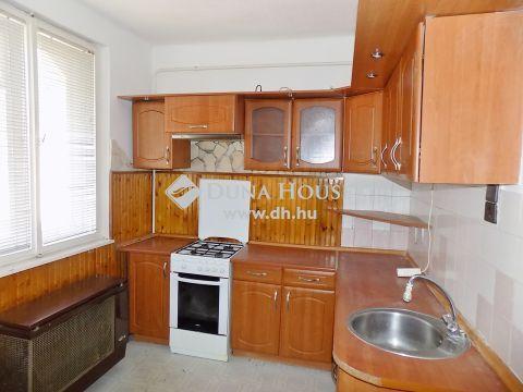 Eladó Ház, Hajdú-Bihar megye, Debrecen - Kincseshegy csendes, egyirányú utcájában
